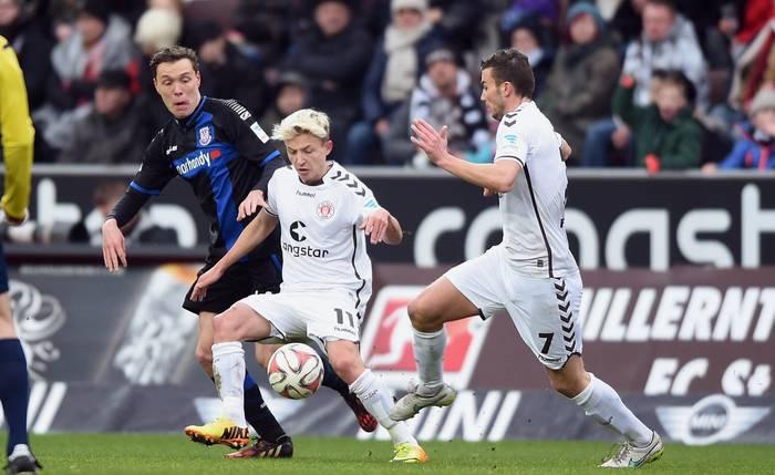 St. Pauli-Francoforte 1-1