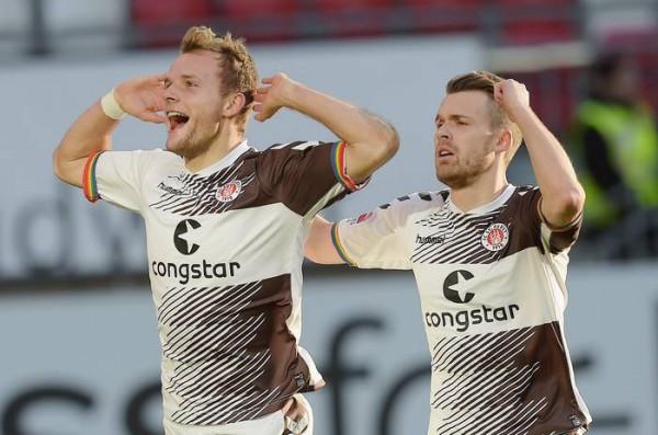 Kaiserslautern-St. Pauli 1-2 c