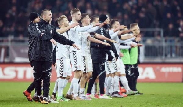 St. Pauli-Braunschweig 1-0 b